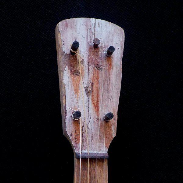 banjo299fencepost-1